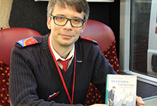 Oxford Tube driver publishes novel