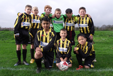 Bus firm provides 18 new kits for under 10s squad
